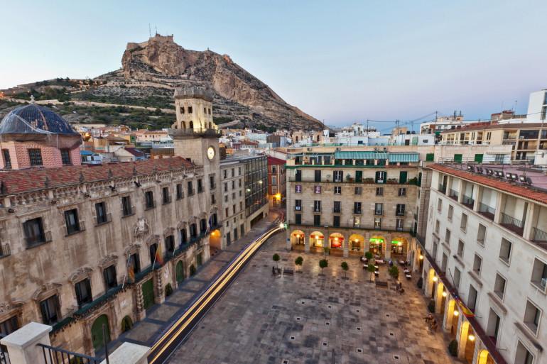 Alicante image 1