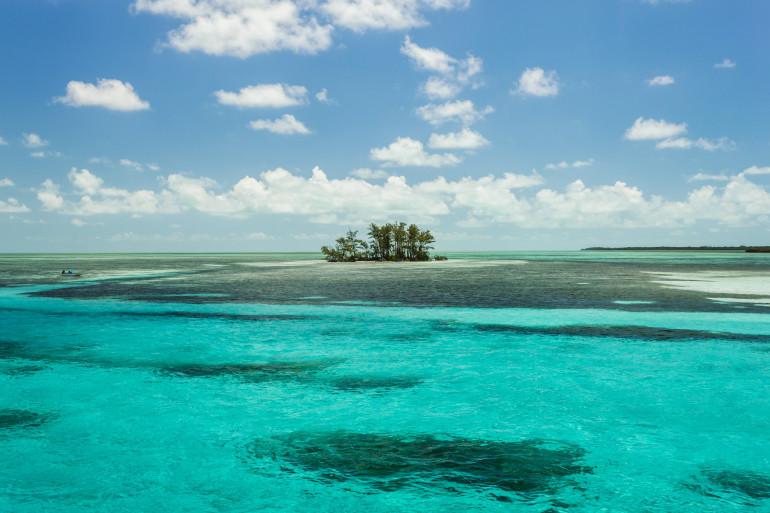 Bahamas image 9