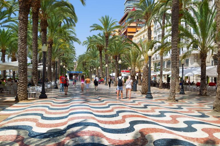 Alicante image 3